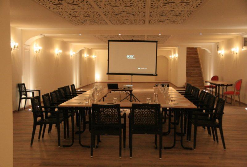 Restaurant Château les Oliviers de Salettes à Charols - 1