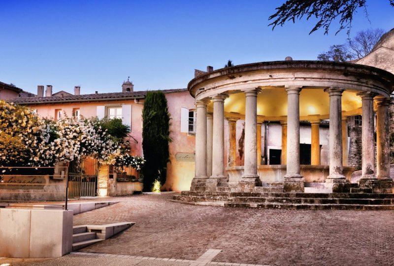Hôtel Le Clair de la Plume à Grignan - 9
