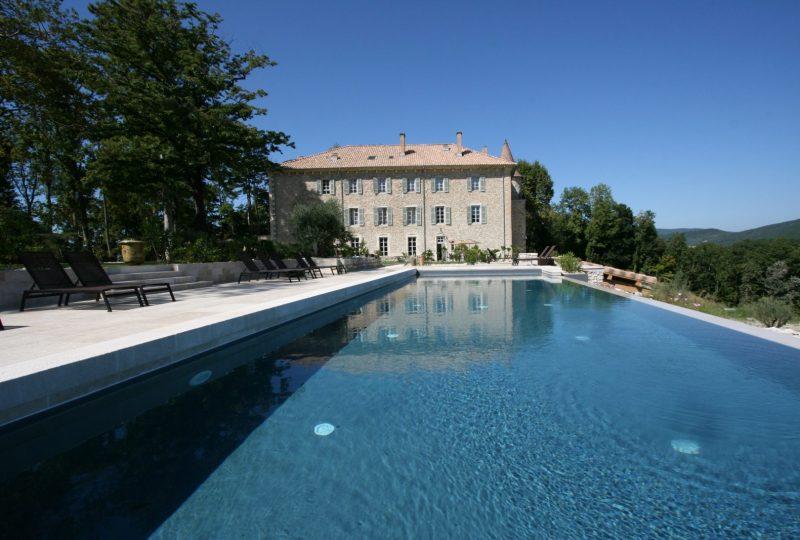 Hôtel Château les Oliviers de Salettes à Charols - 0