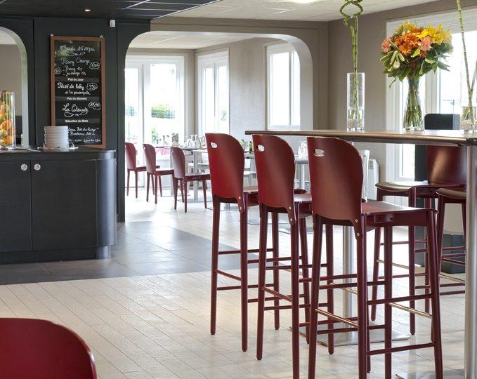 Hôtel-Restaurant Campanile Montélimar Nord – Les Tourrettes à Les Tourrettes - 1